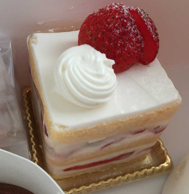 定番のショートケーキ
