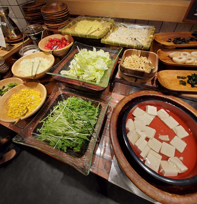 しゃぶしゃぶ鍋に入れる野菜が豊富