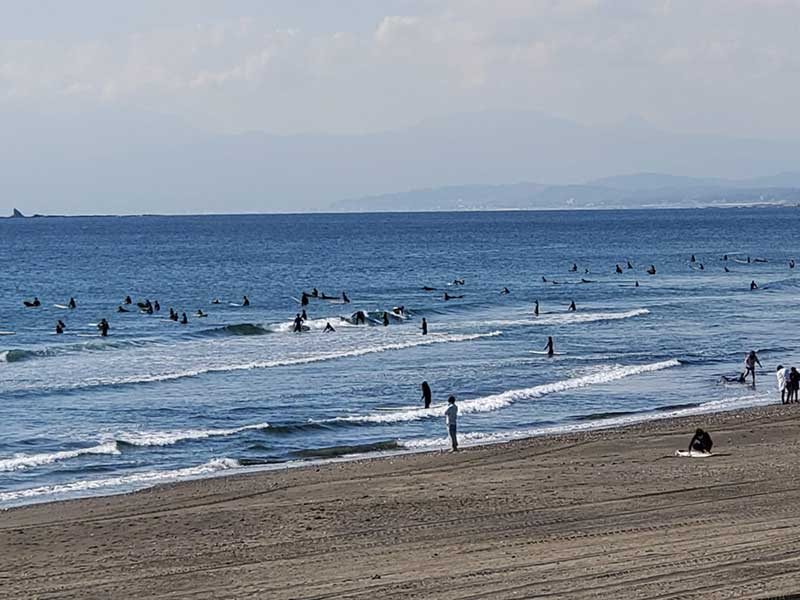 サーファーがいっぱい