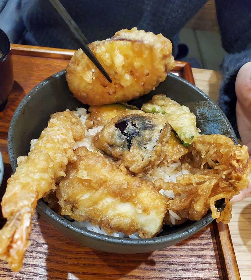 野菜の天ぷらはたっぷり