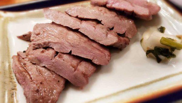 【藤沢・牛タン専門店佐助】肉厚熟成牛タンが旨い!昼から飲める穴場ランチスポットだ!