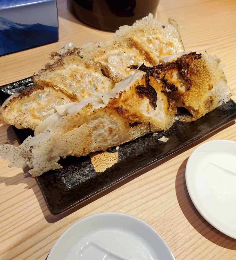 江ノ島らぁ麺の極上餃子