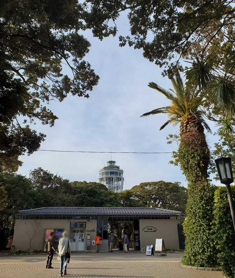 江ノ島タワーを過ぎて