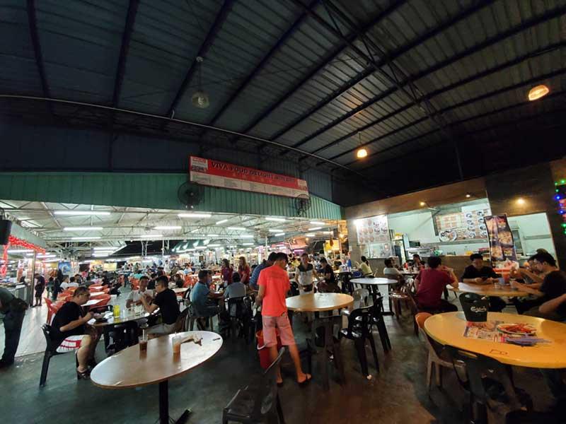 マレーシアのホーカーズと呼ばれる地元の屋台