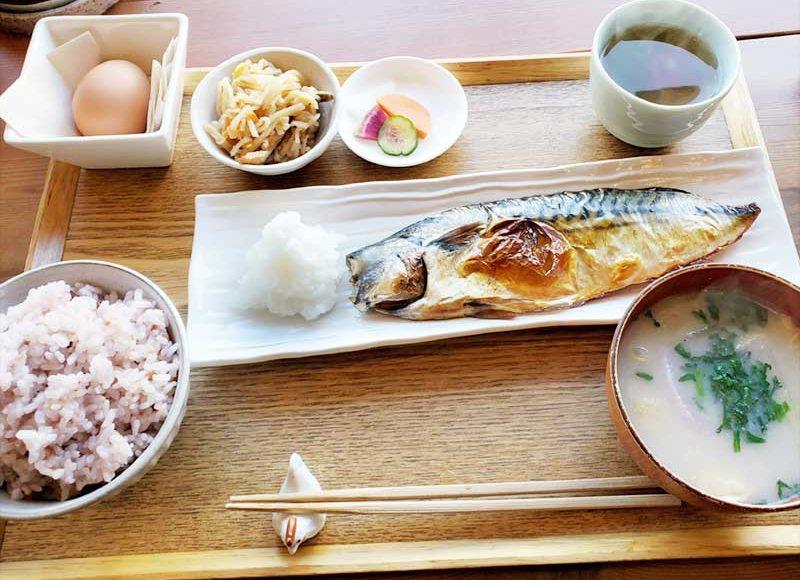 【鎌倉駅近の朝食専門店】朝食屋コバカバの鯖が世界一美味しいと思ったら越田商店だった!
