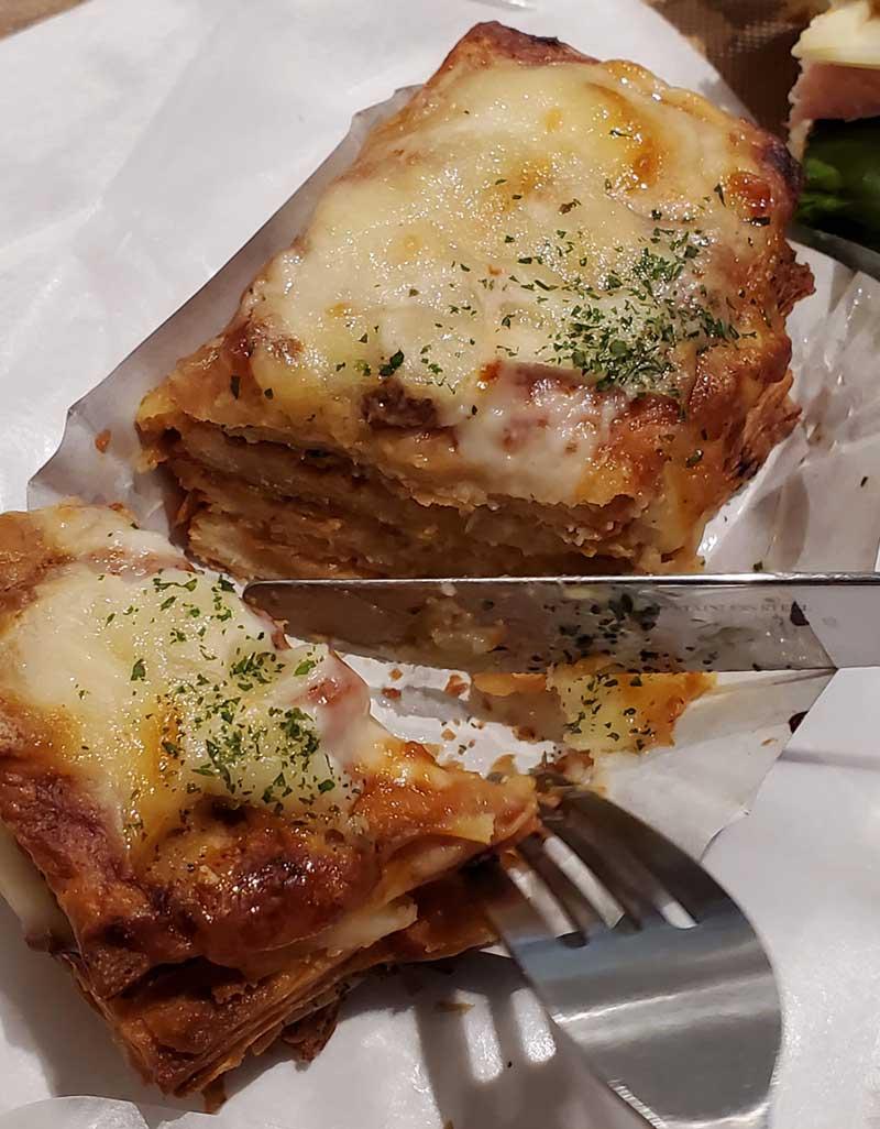 熱々でブリオッシュ生地がサクッとチーズがとろり