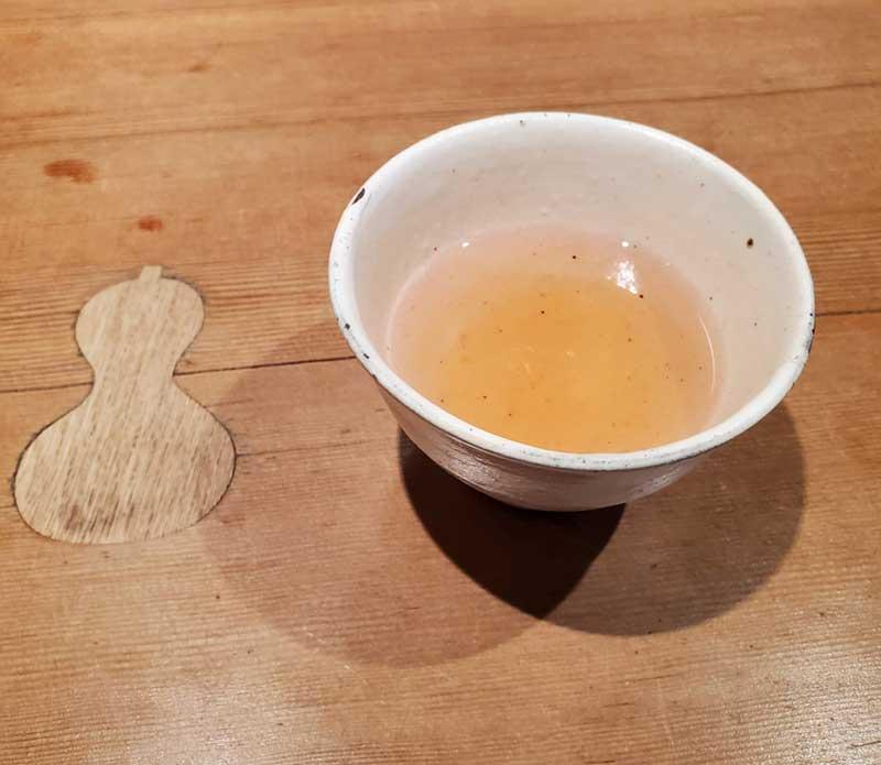 ひょうたんと黒豆茶
