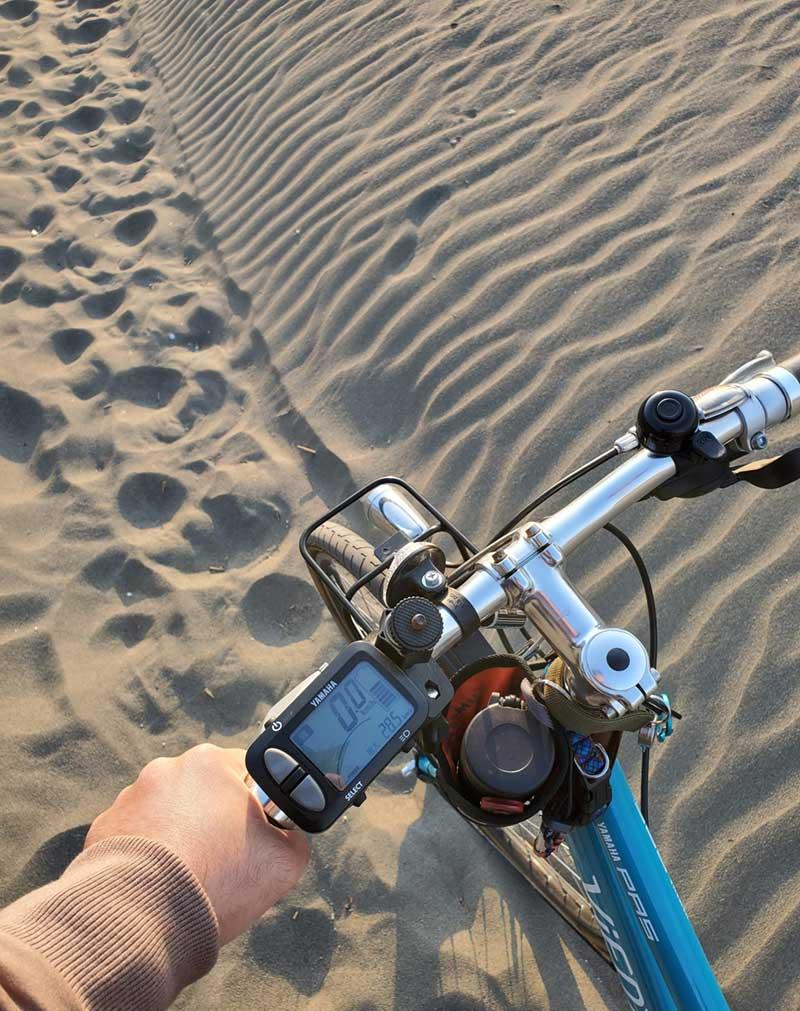 砂で自転車は通りにくい