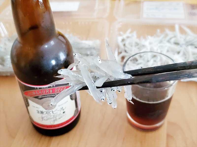 鎌倉ビールと生しらすの相性抜群