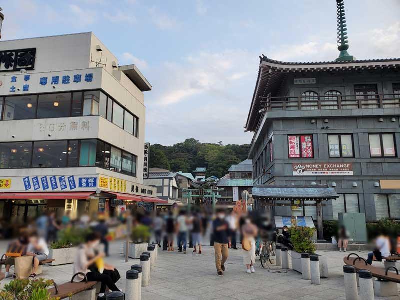 江ノ島の入口はまだ混んでいた!