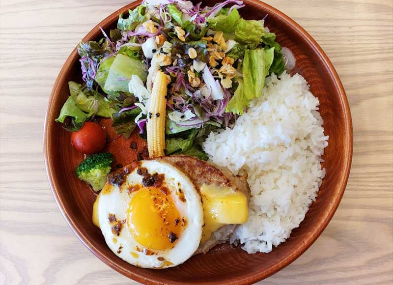 【ENOTOKIプレオープン】びっくりドンキーDISHERSの感想!豪華サラダとカリフラワーライスが新しい!注文・会計ほぼ無人で安全!