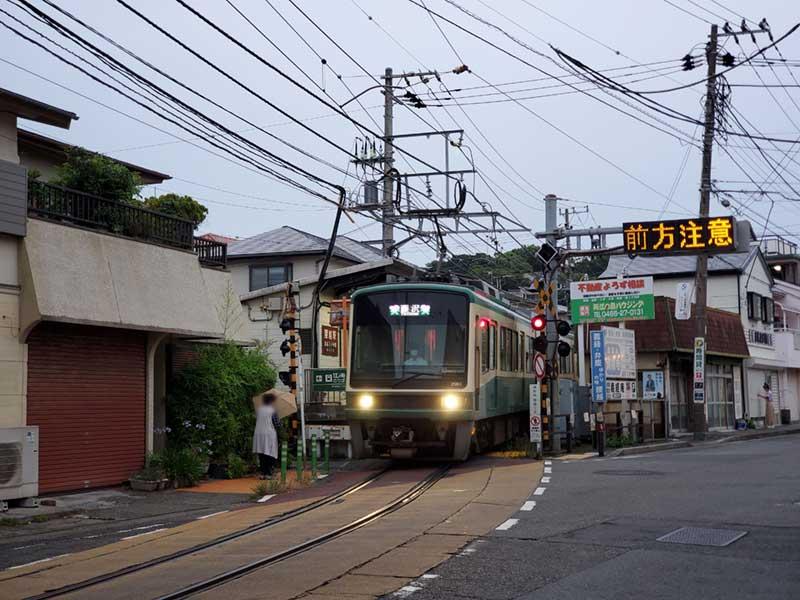 江ノ電腰越駅から歩いて10分ぐ