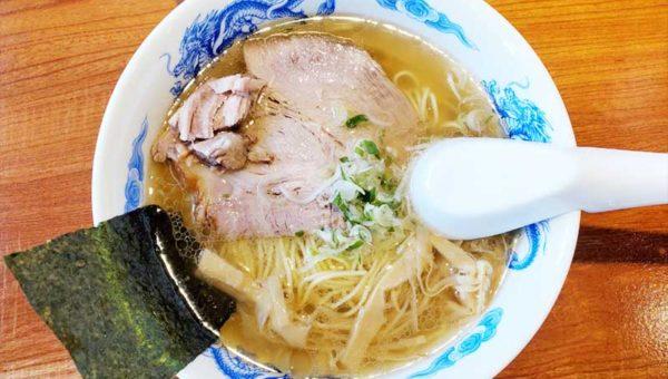 【江ノ島NEWラーメン!貝だし地鶏中華そば「あん藤」の感想】ムール貝の上品スープが癖になる!磯塩バターは人気で売り切れ注意!
