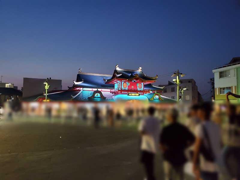 片瀬江ノ島は夜は若者が大勢ウロウロしている