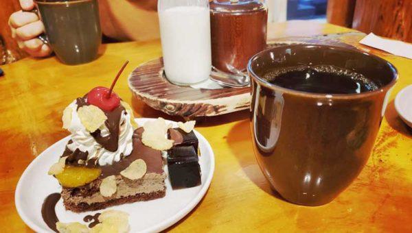 【藤沢OPA・珈琲屋OB】電源あり!コーヒー&ミルクがデカい!夜も空いている穴場喫茶店!