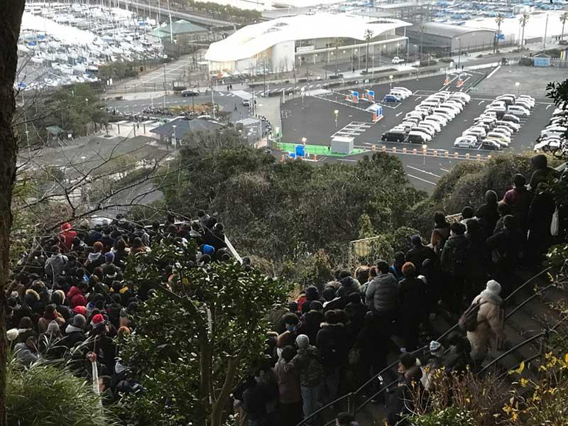 江ノ島の島内もこんなに大混雑で密密密!