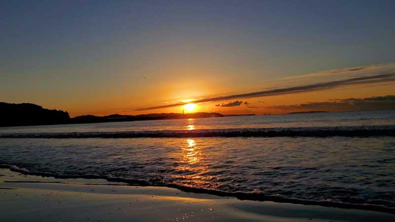 美しい日の出の瞬間