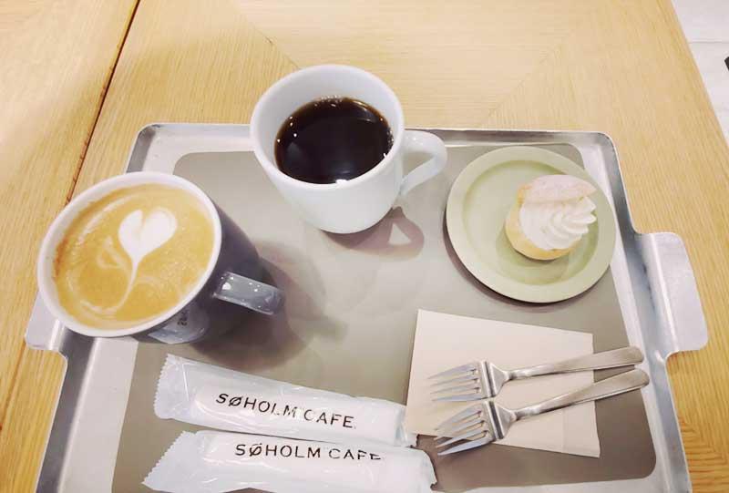 コーヒーとセムラ