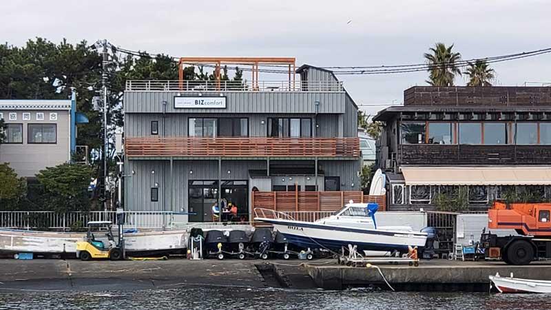 江ノ島海沿いに新しいコワーキングスペースができている