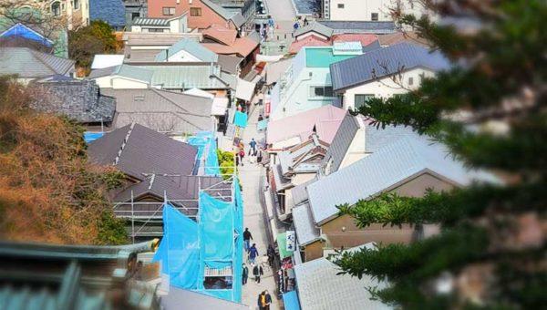 【2021年緊急事態宣言下の江ノ島】参道も神社も人はまばら、飲食店は半数以上が営業中