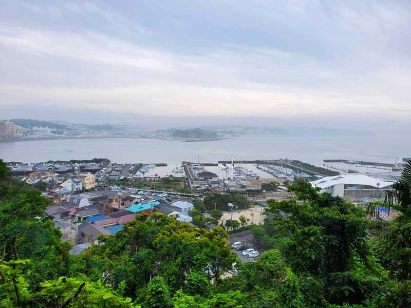 江ノ島に渡って