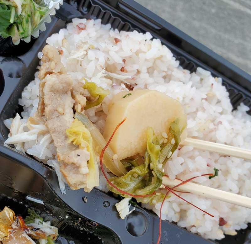 肉野菜炒めもご飯に合う