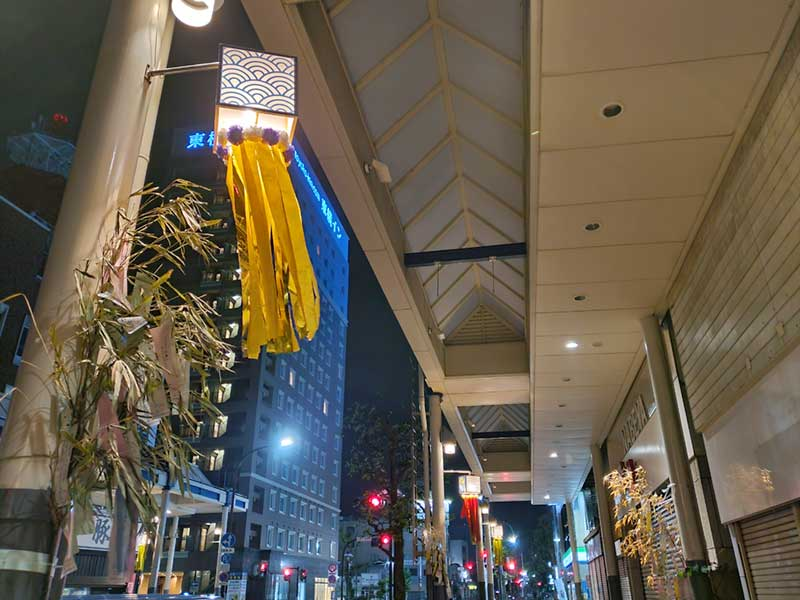 ひと気がない平塚の商店街