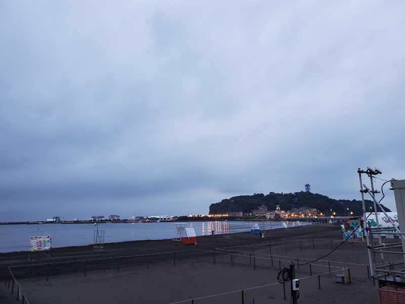 海水浴ラストデーの片瀬東浜の様子